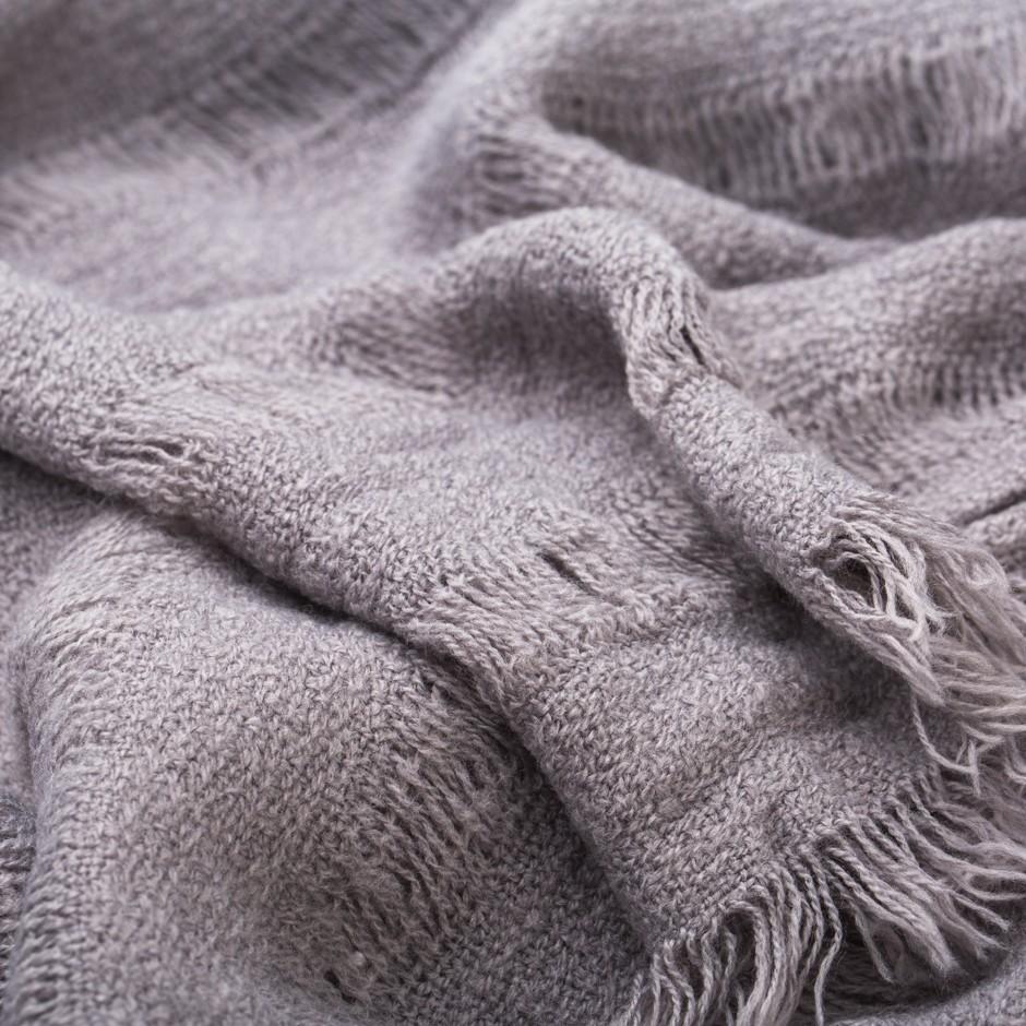 Bufanda gris lisa
