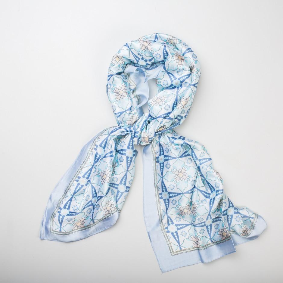 Pañuelo azul mosaico