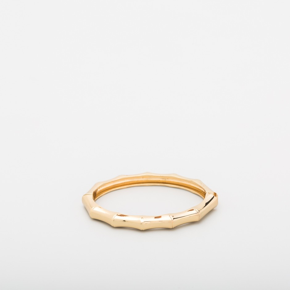 Brazalete geométrico dorado