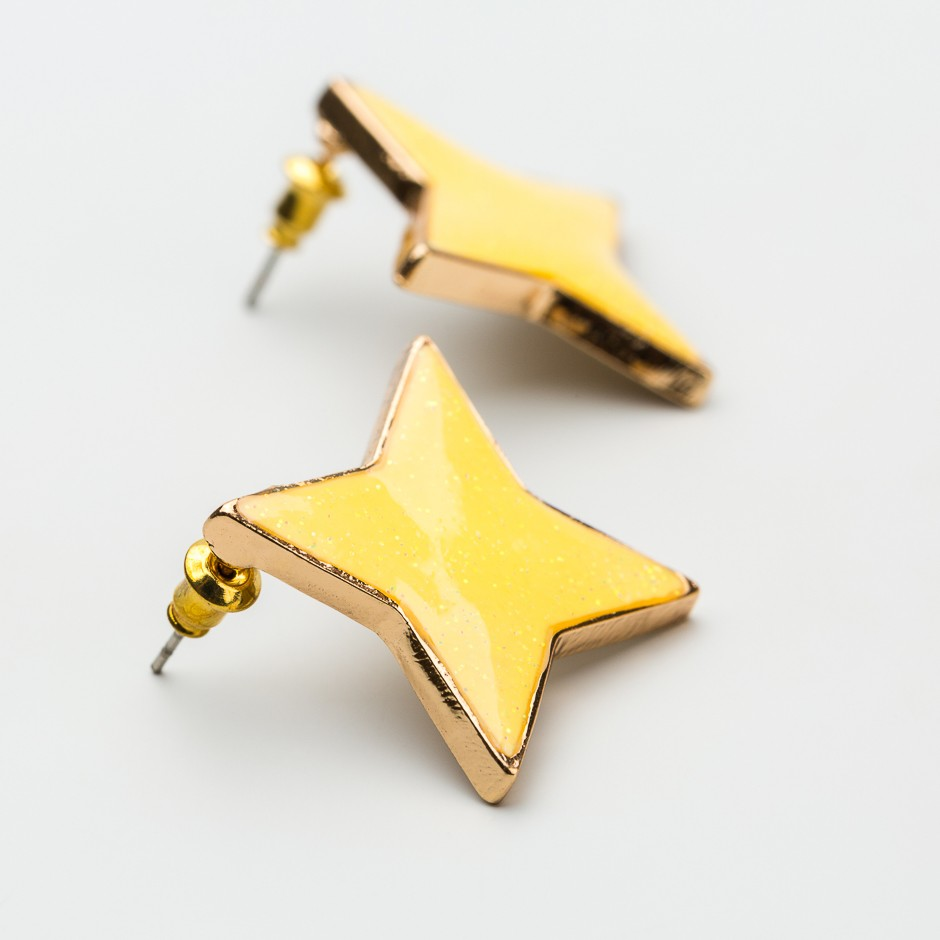 Pendiente yellow star