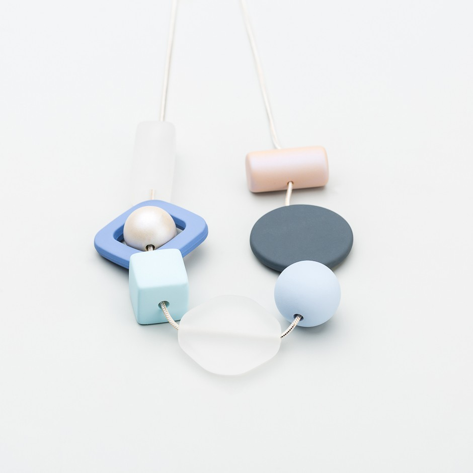 Collar piezas azul perla