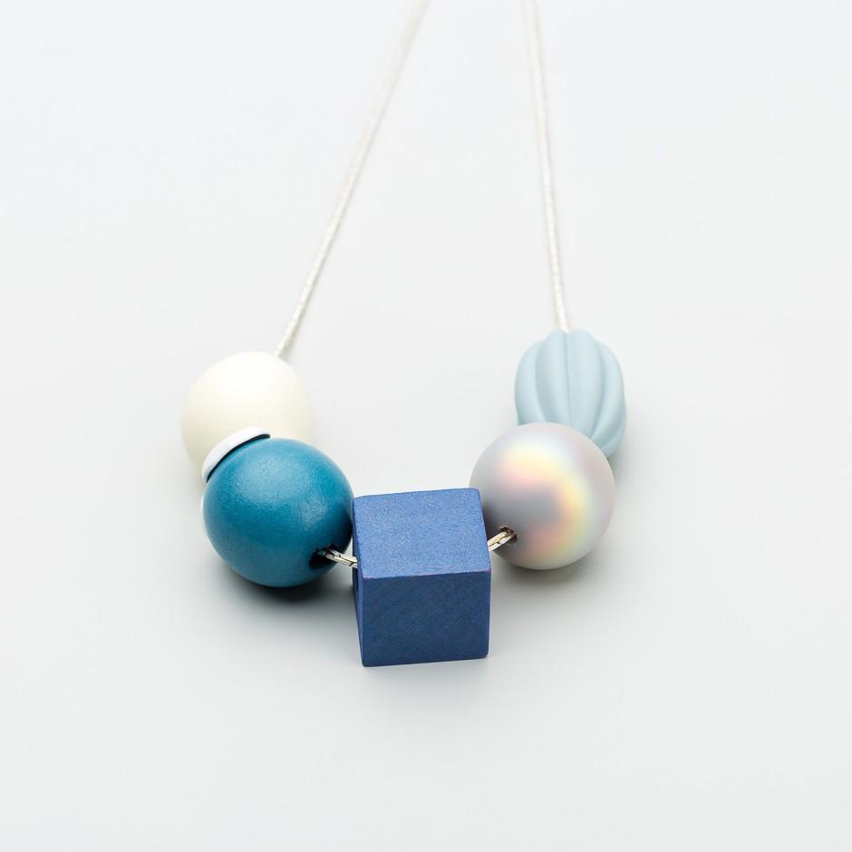 Collar piezas wood blue