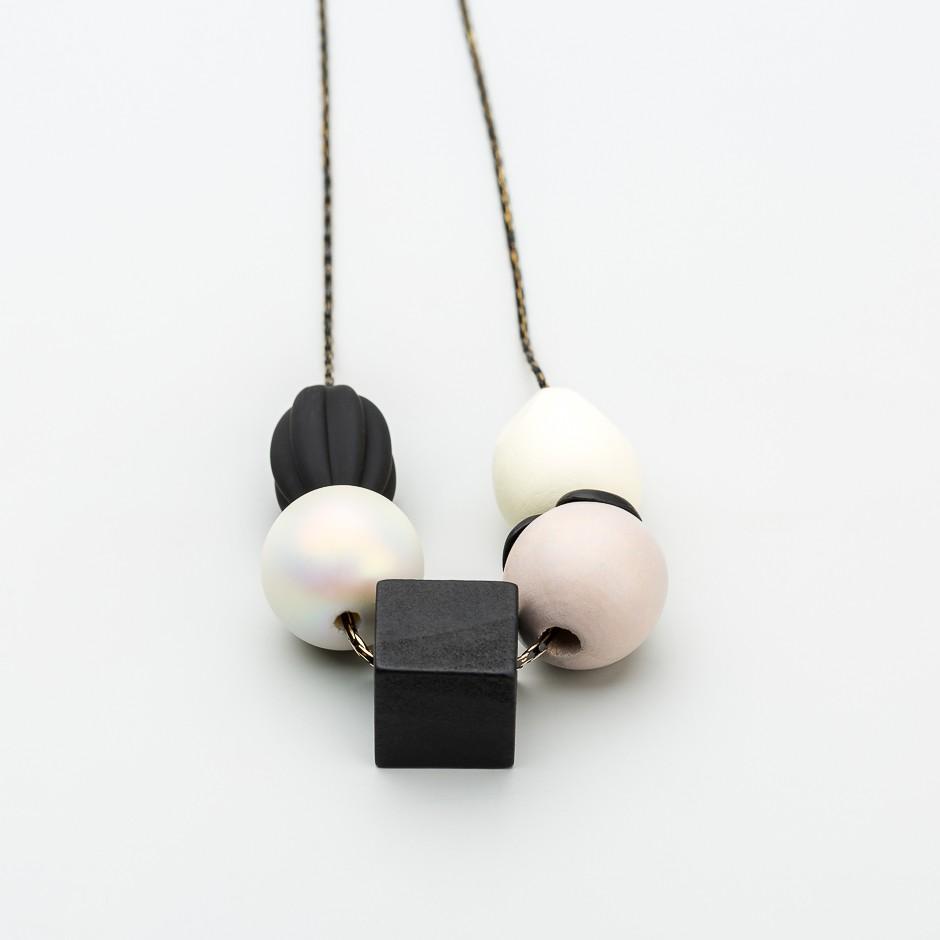 Collar piezas wood black