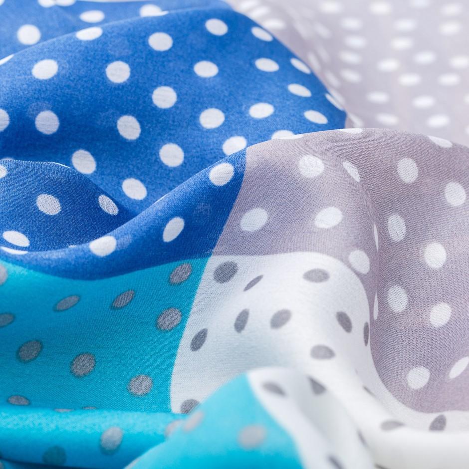 Pañuelo blue dots