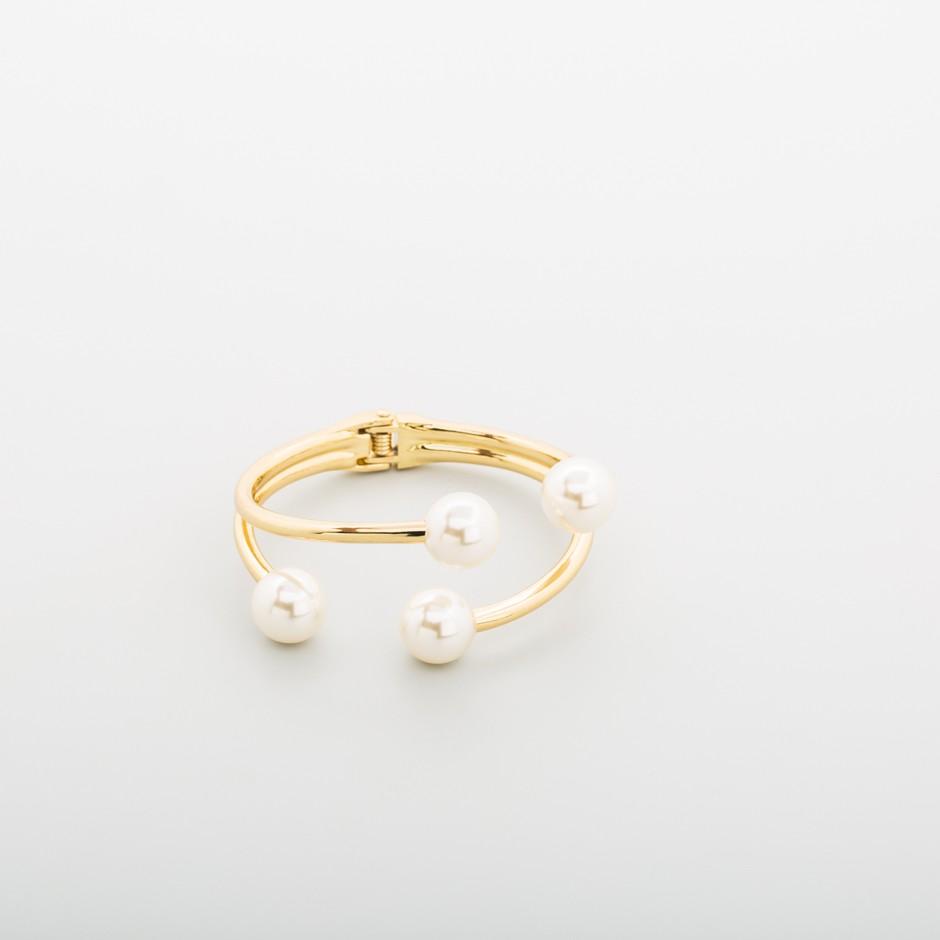 Brazalete dorado cuatro perlas