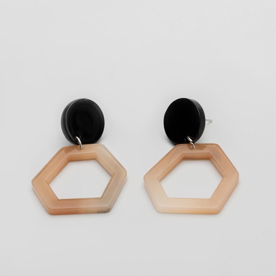 Pendiente hexagonal nude