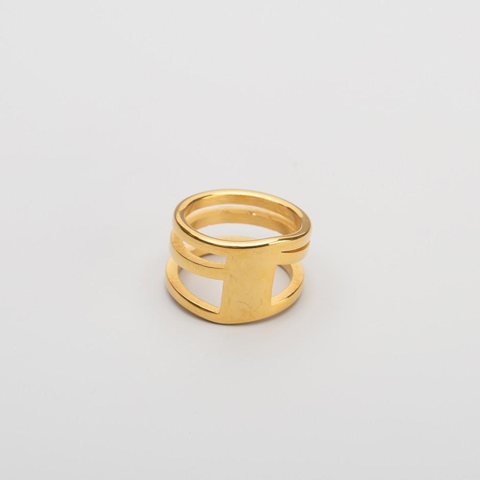 Anillo diagonal dorado