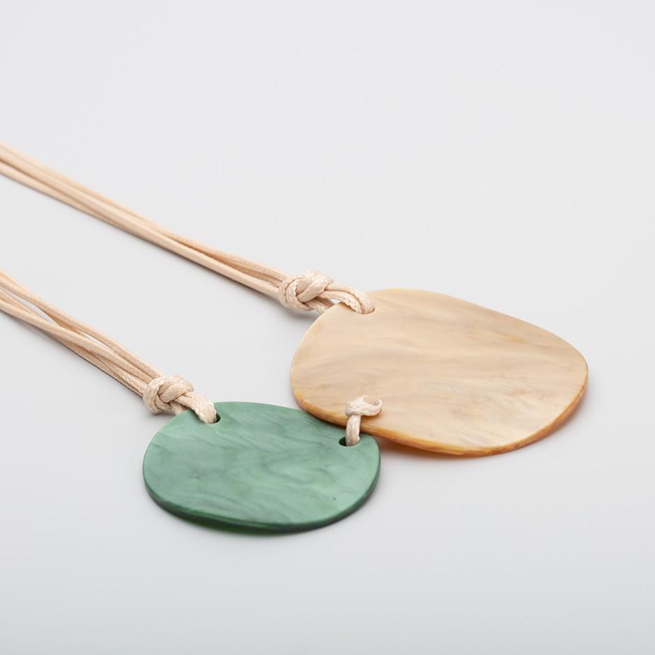 Collar disco mostaza y verde