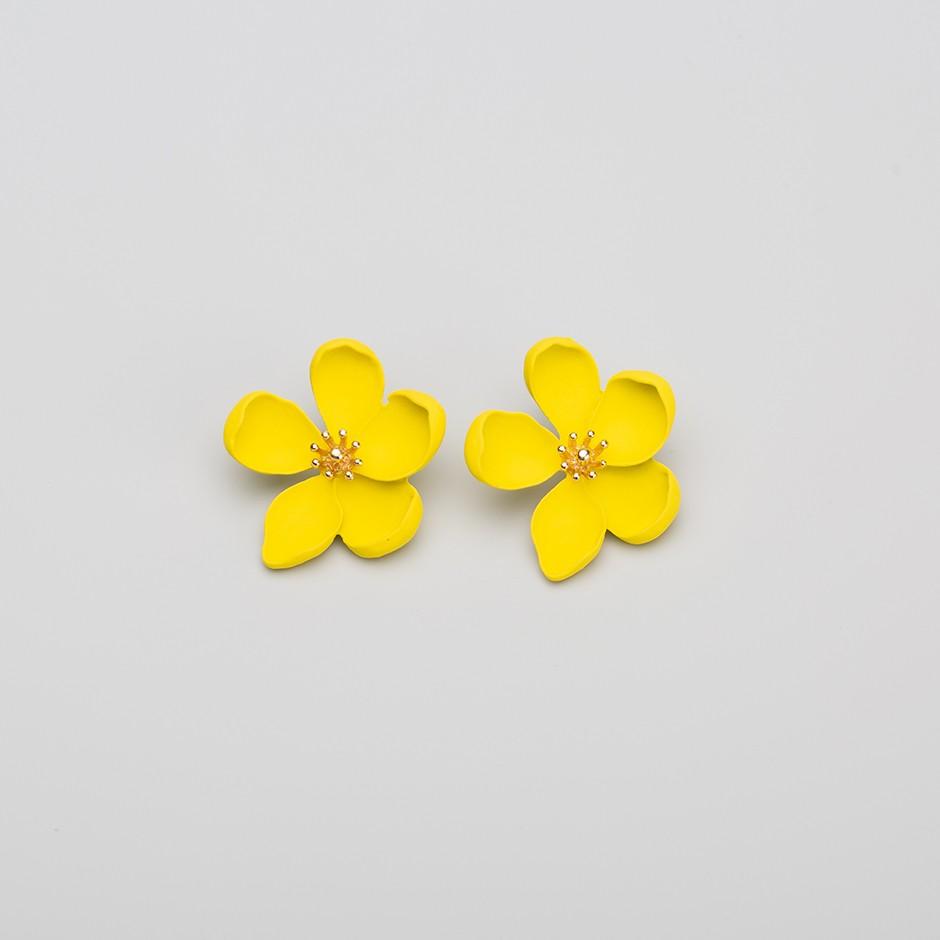 Pendiente primavera amarillo