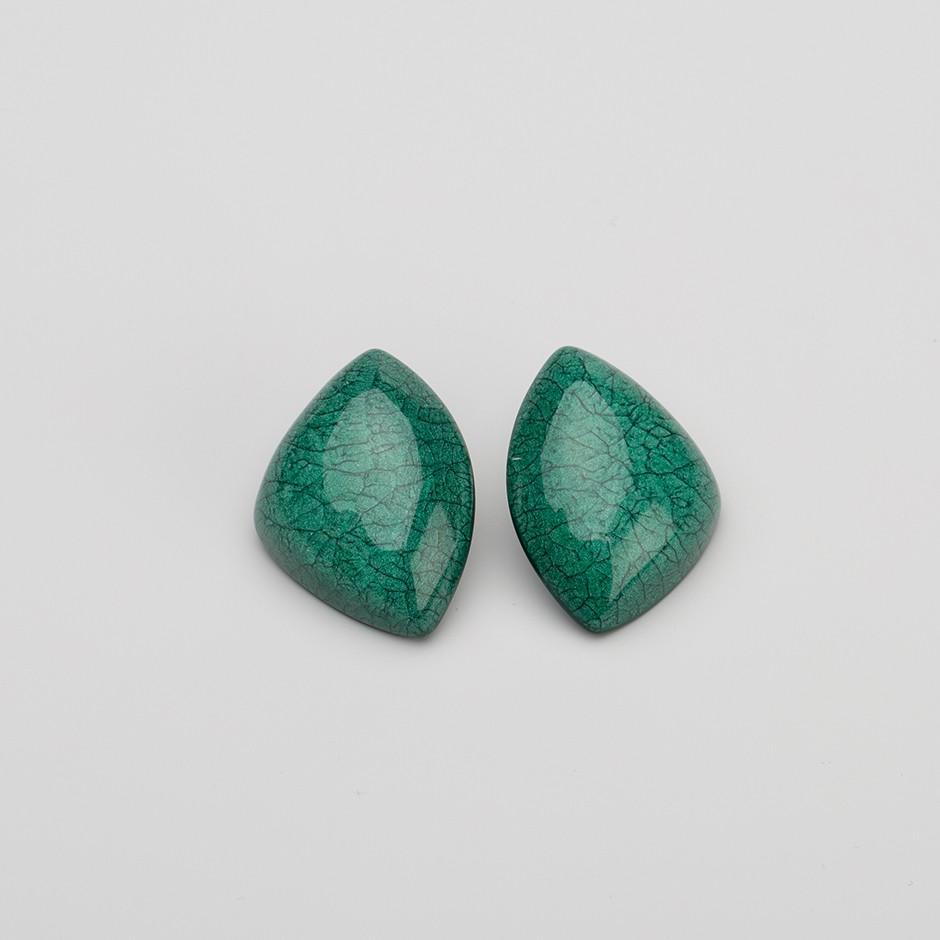 Pendiente roca verde