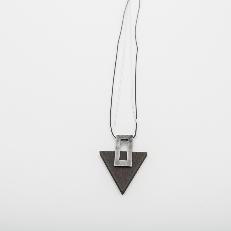 Colgante triángulo