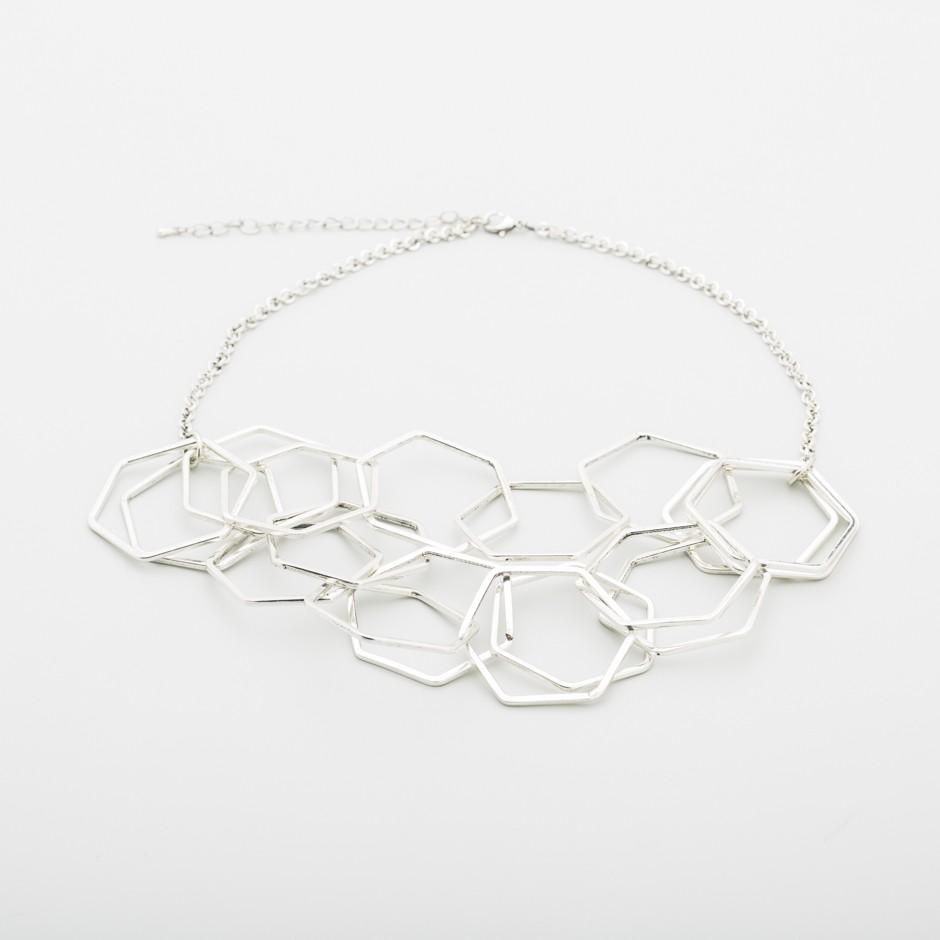 Collar piezas hexagonales