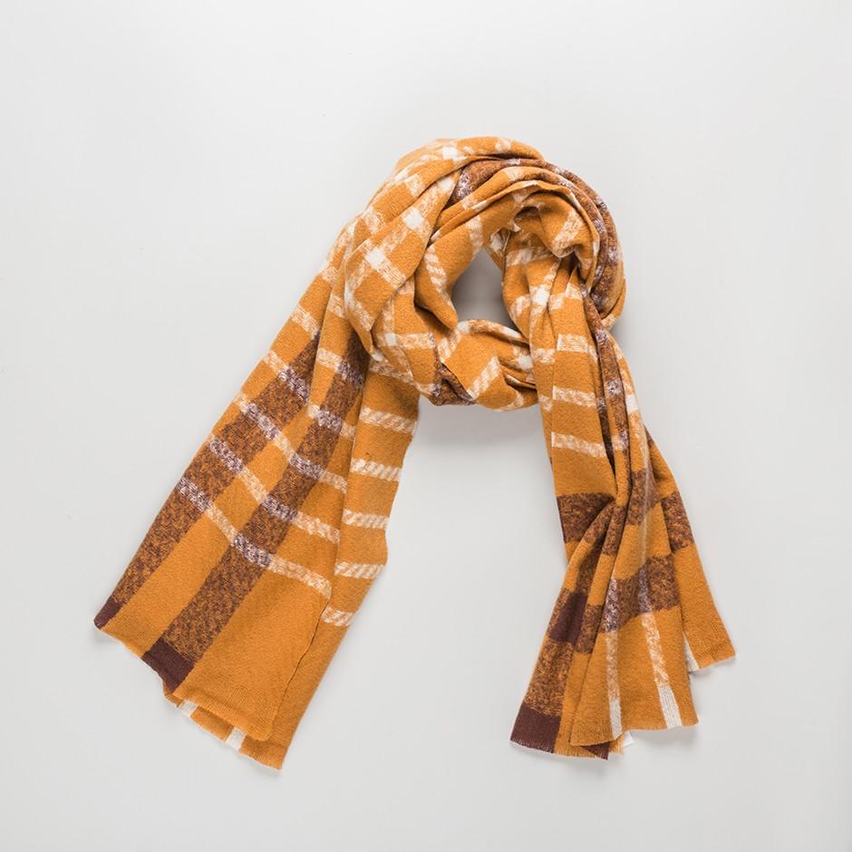 Bufanda marrón cuadro