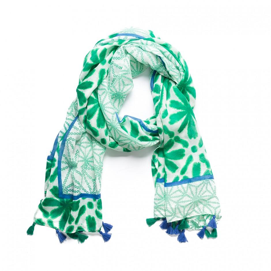 Pañuelo flecos verde