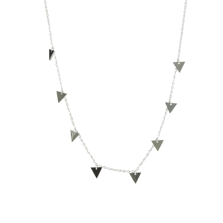 Cadena nora triángulo plateada